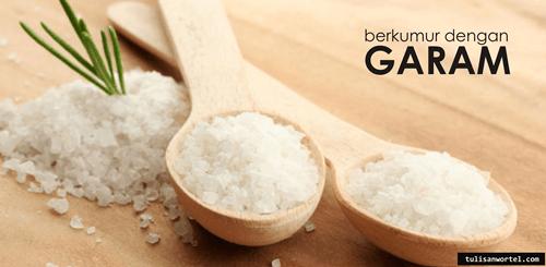 berkumur dengan garam